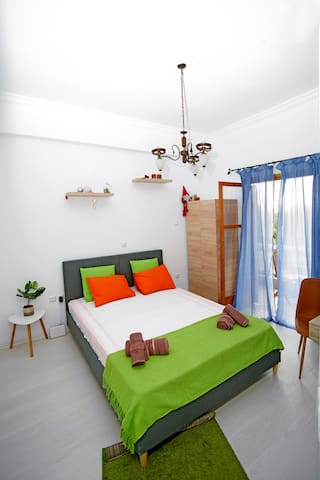 Color's relax apartment Kyparissia