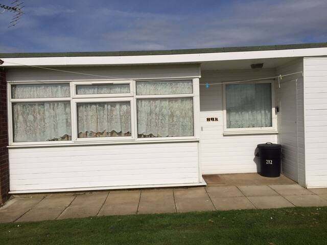 Two double bedroom holiday chalet - Norfolk - Chalé