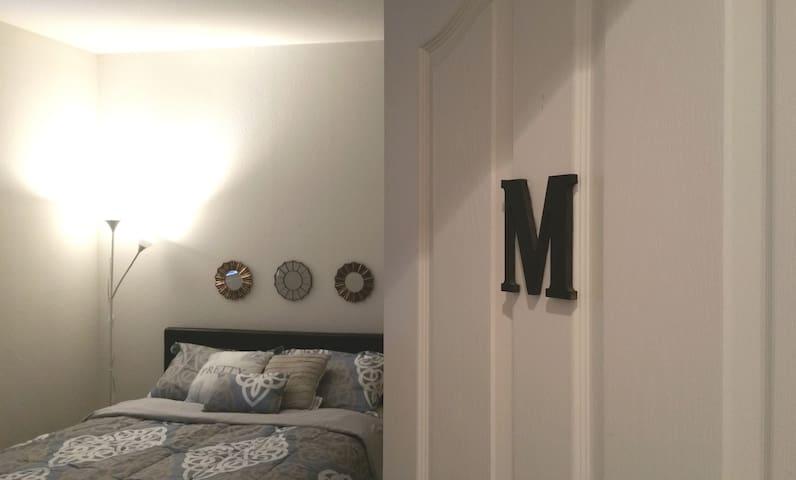 10Min Strip. Private Room & Bath