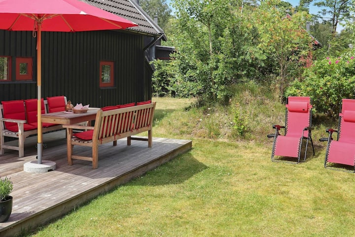 4 person holiday home in äNGELHOLM