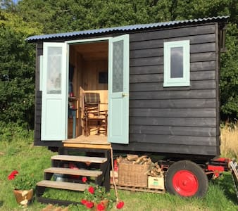 Blackbird shepherds hut