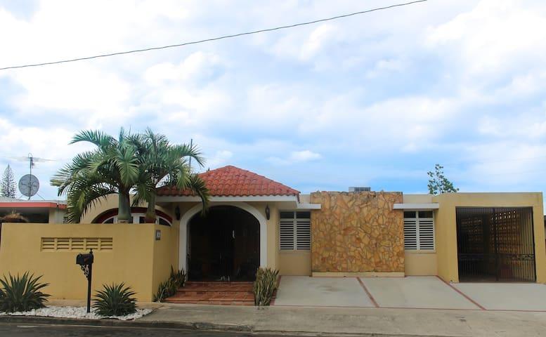 Beautiful House in the heart of San Juan - San Juan - House