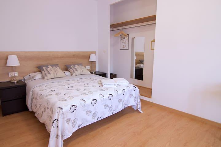 IXA-3 Apartamento de 3 habitaciones en Manresa