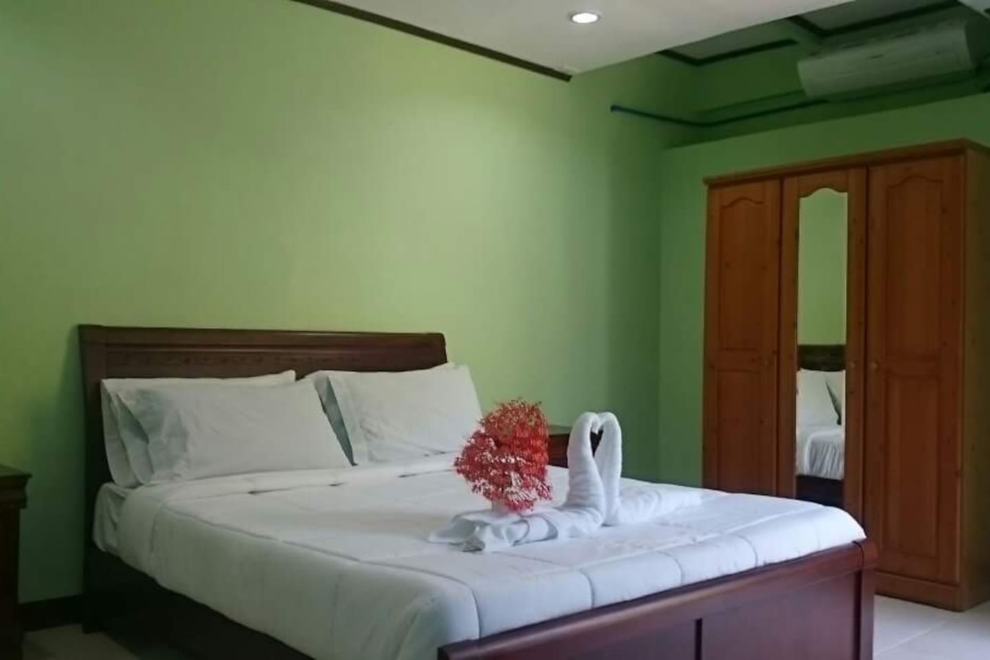 Mulberry Room - Arapal Nature Retreat - Farm stays for Rent in Bogo ...