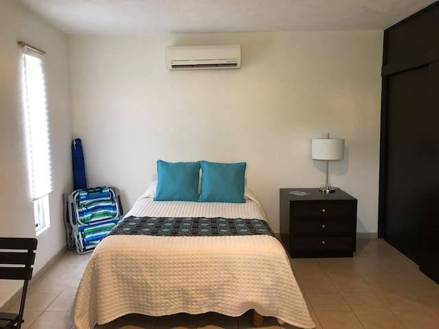 Studio 12 near the beach & downtown Cabo San Lucas