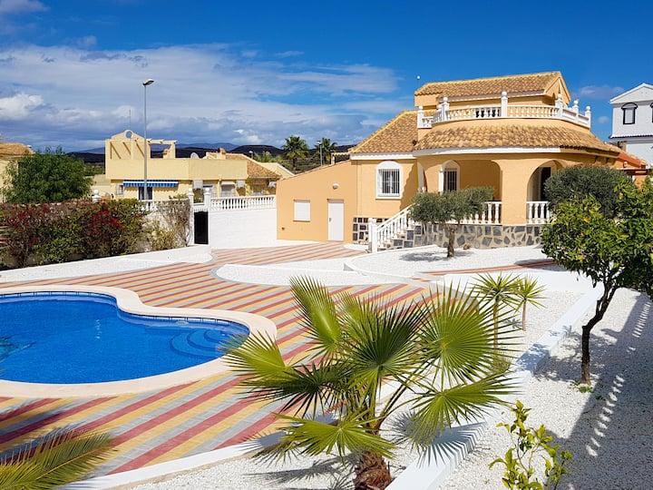 Camposol, Mazarrón - Sunshine-Home mit großem Pool