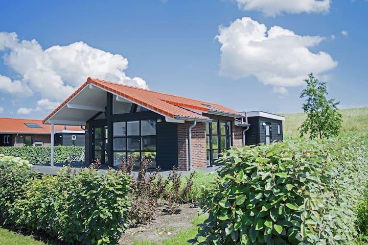Maison moderne à Kattendijke, près du Parc National
