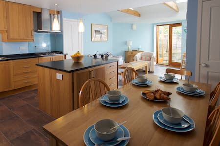 Spacious Family cottage in Dorset - West Knighton