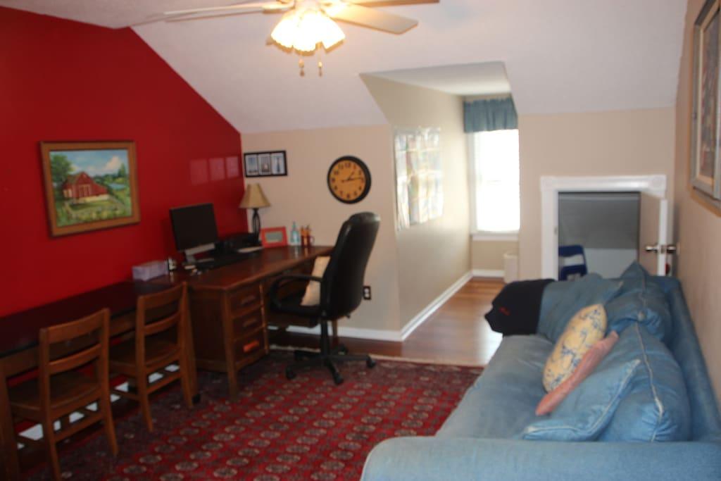 Extra playroom/upstairs den/office
