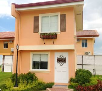 House for Rent (ideal for young professionals)