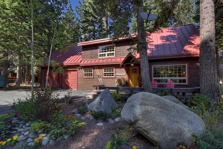 320 Fountain Ave · Tahoe Park Beauty w/ Private Hot Tub!