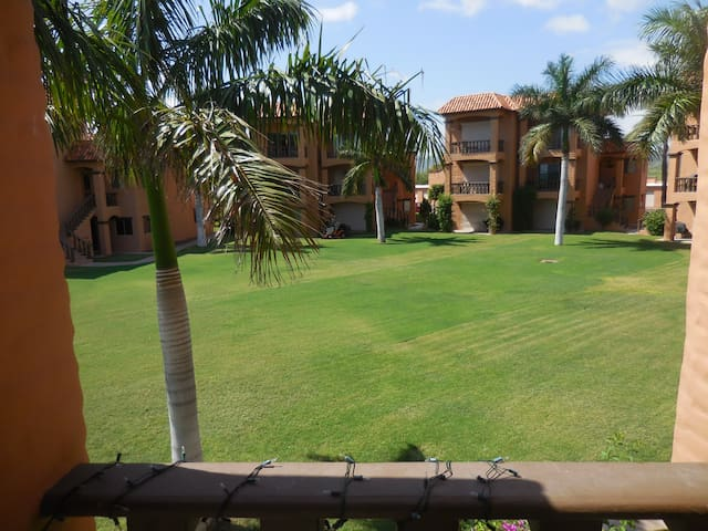 Wonderful two bedroom Beach Condo in San Carlos. - Guaymas - Wohnung