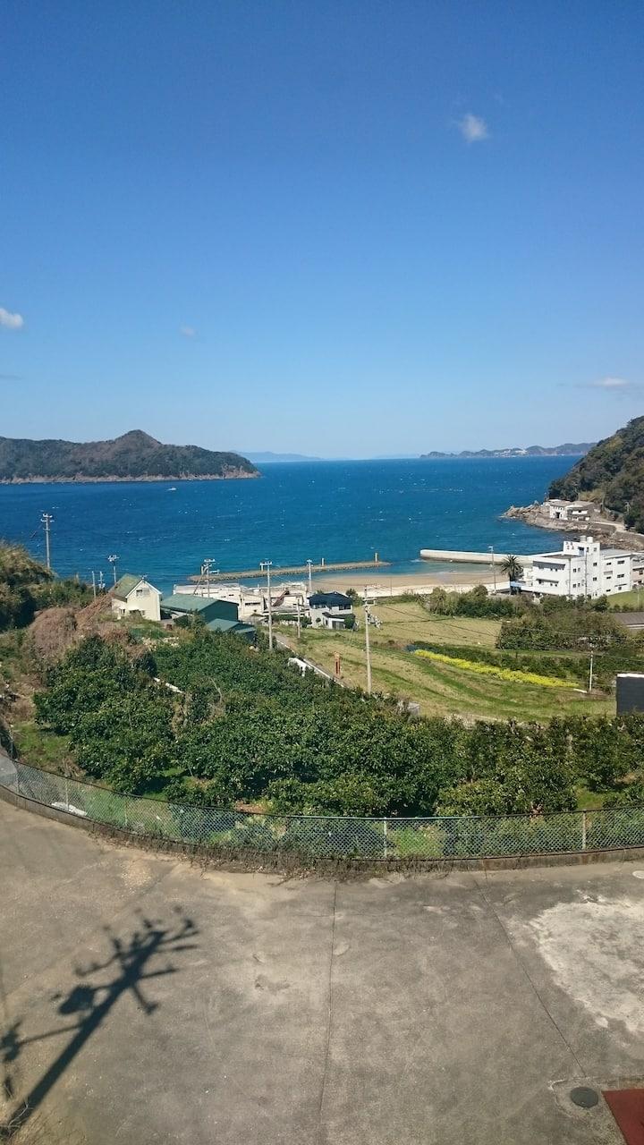 Ocean View Cottage in Wakayama;Ena Beach Cottage