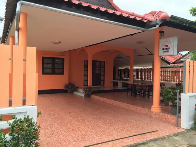 3 bedroom villa, chilling area - Tambon Sattahip - Hus