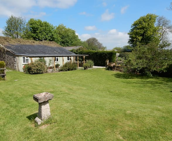 Stable Cottage, Lower Hookner Farm, North Bovey - North Bovey - Hus