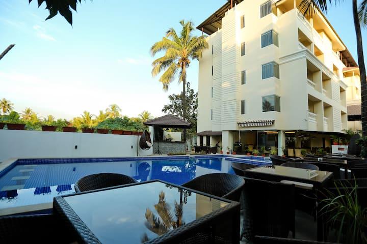 Amara Grand @ Baga Beach, Premium room with Balcony