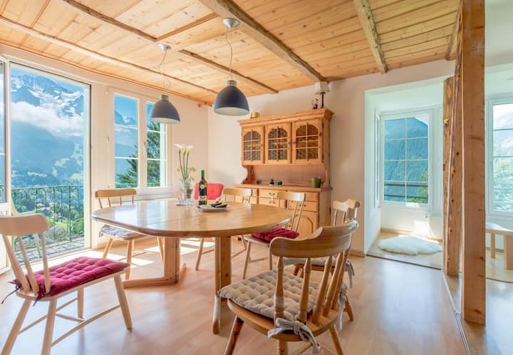 Chalet Hunnenfluh - dream views, Alpine setting