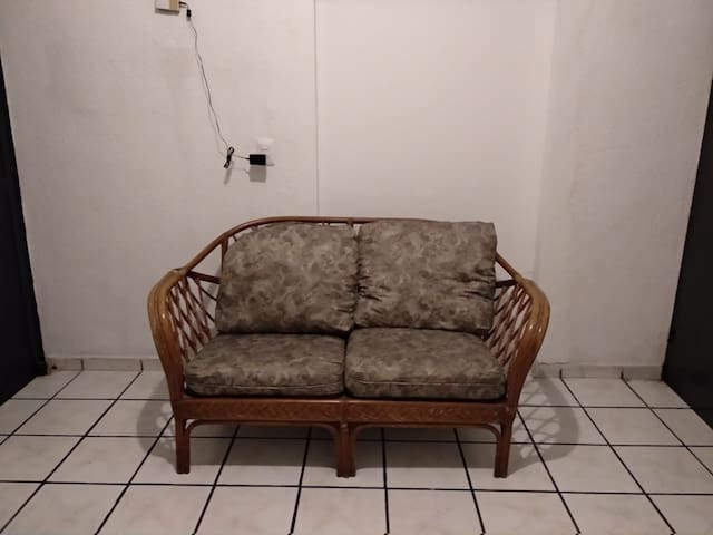 Sala de estar tipo loveseat