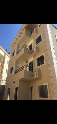 Appartement or house for rent close to the beach