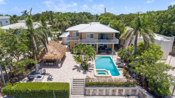 Beautiful Key Largo Resort Home w/ Pool, Hot Tub