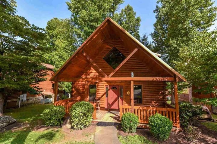Alpine Spirit - Great Two Bedroom with a Game Loft