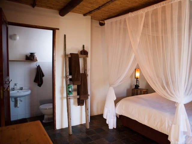 Karoo Khaya - Cottage 4