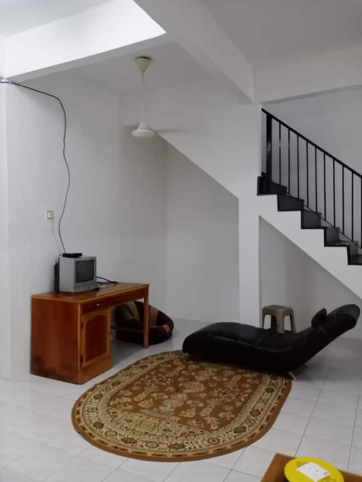 Nafisah Inn Homestay - Suitable for family
