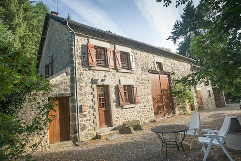 2 Bedroom Beautiful Holiday home on the river