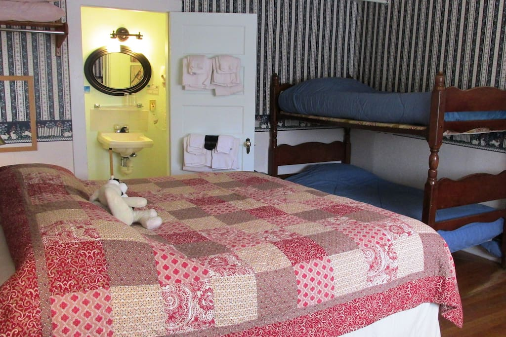 King size bed with private bathroom (shower only)
