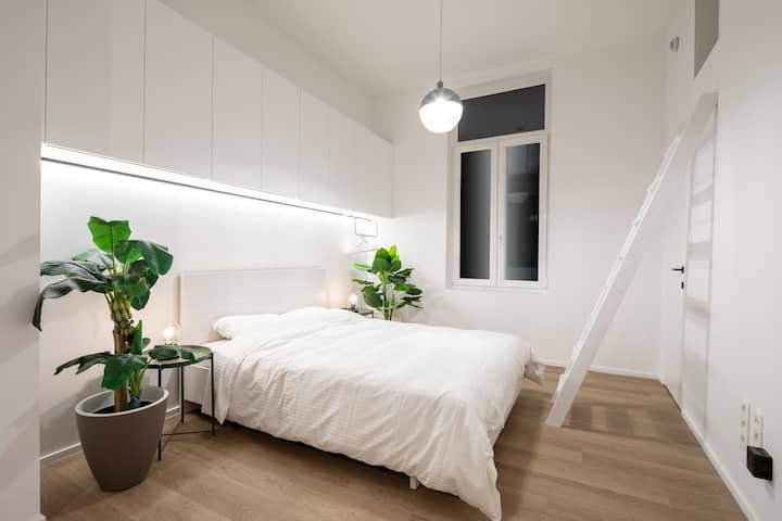 Condo 'Cocoon deluxe' at old centre of Ghent