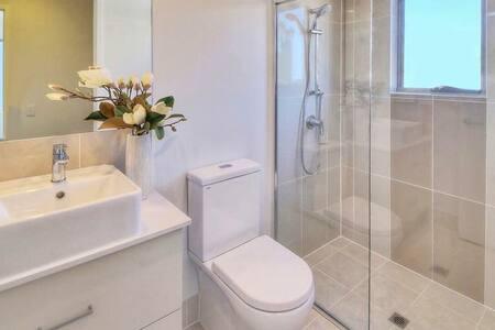 现代化舒适一居室 带有车位 - Eight Mile Plains - Apartmen