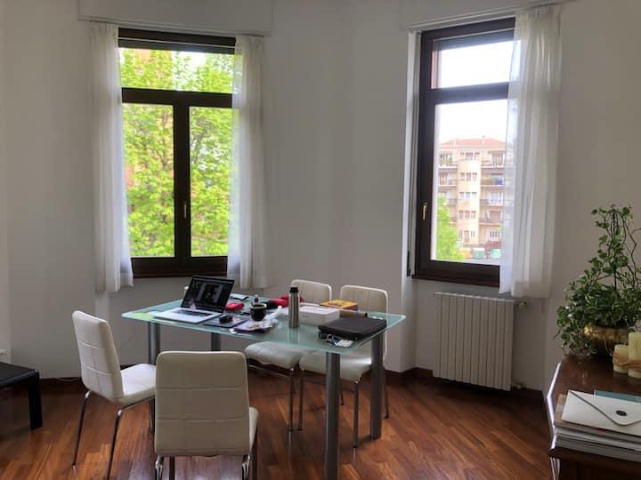 Spacious Verona Apartment-Central