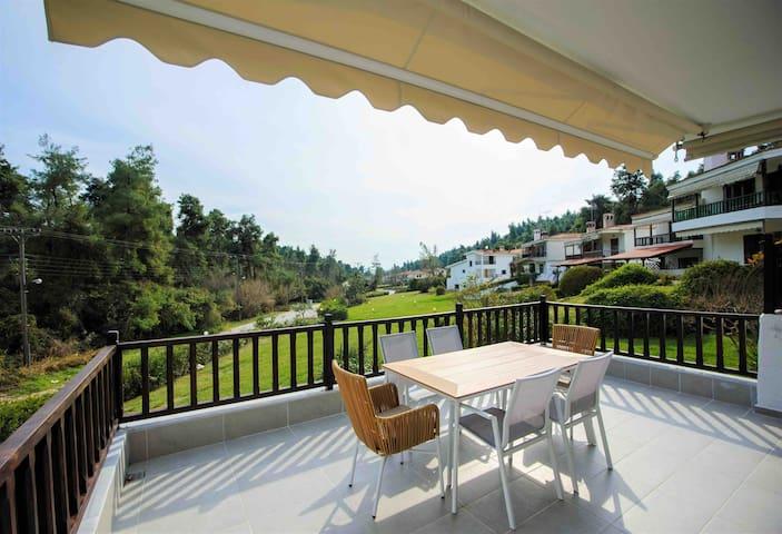Elegant Villa Eva at Elani Chalkidiki