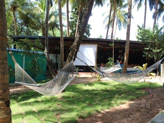 Comfy Stay @ Utorda Beach