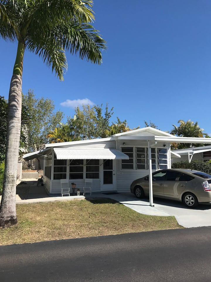 Renovated home, great neighborhood and location