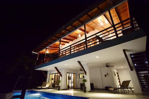 Casa Mamaluma, Private Oceanview retreat