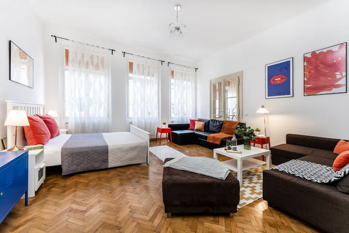 ★★★★★ TOP CLASS APARTMENT ★★★★★ OLD TOWN SQUARE