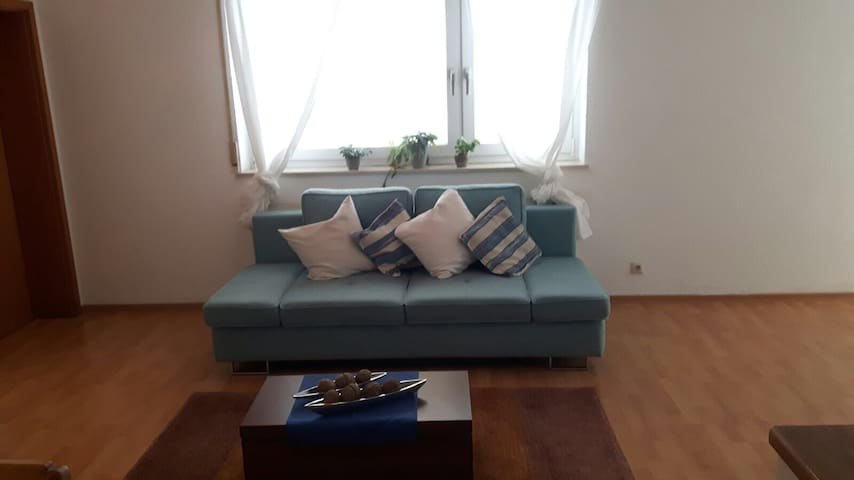 nice flat in friendly area , close to Ravensburg