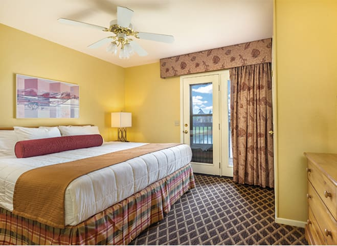 Have a peaceful sleep on the king-sized bed in the master bedroom