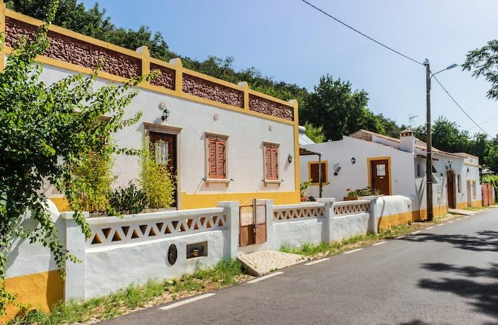 Casa da Tita - 5 Quartos / 5 Rooms