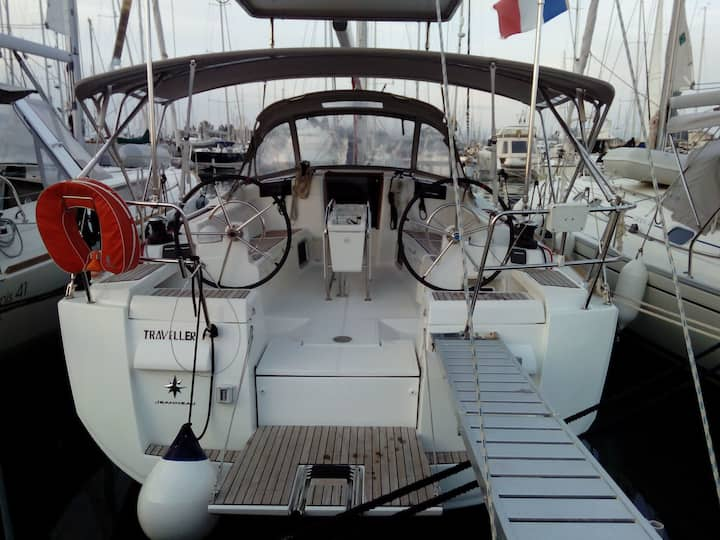 Sailing Yacht in Corfu Greece