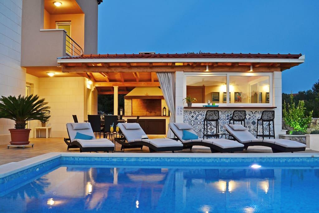 Villa Nadalina, Razanj: outdoor area with terrace, barbecue and pool house