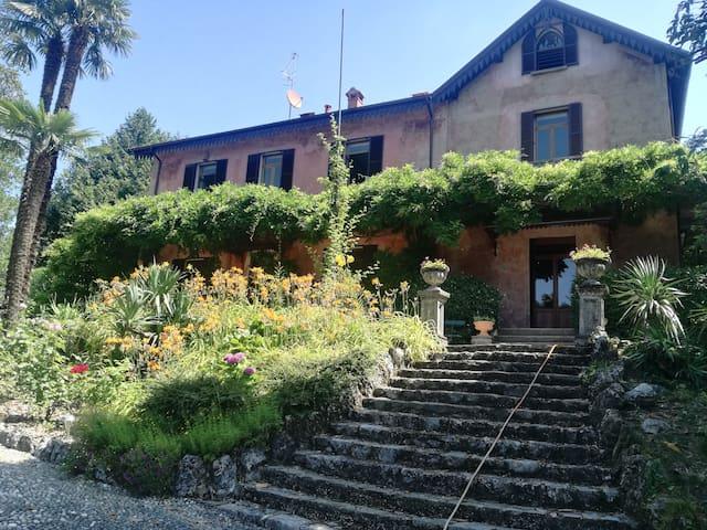 """Casa della Gioia - """"La Romantica"""""""