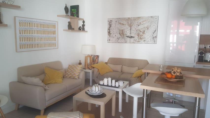 Magnifique Appartement  cœur du village d'Urrugne