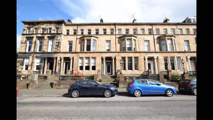 Beautiful one bedroom flat in Glasgow's west end