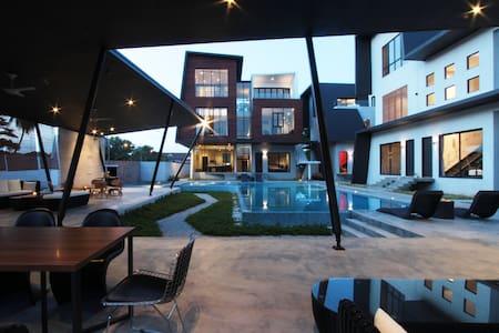 Villa Lot1638 2 Rooms Duplex-1 - Port Dickson - Villa