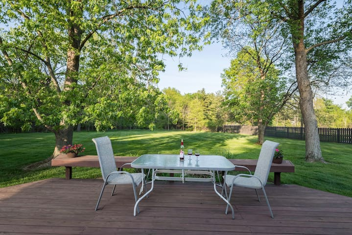 Comfort & quiet in one of nicest Cleveland suburbs