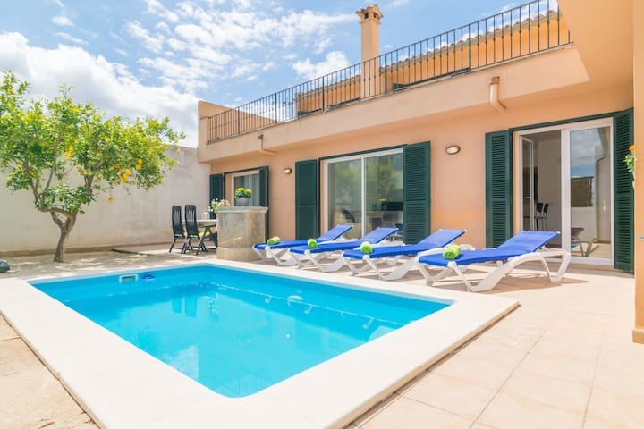 GOIXA - Villa with private pool in Lloseta.