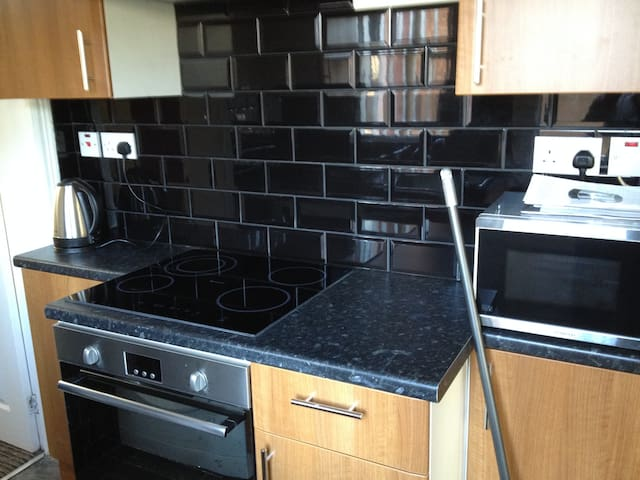 Modern Fitted House   10min to City Center and Uni - Coventry - Talo