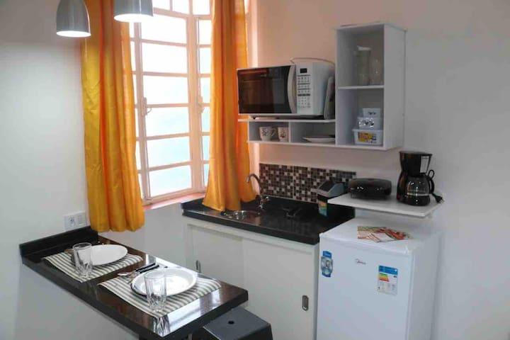 Studio Paraíso com cozinha, limpo e higienizado 1